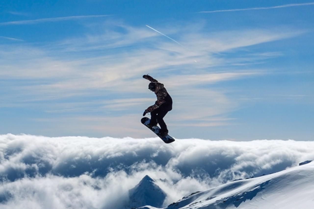 Van Hak Deuren : Schneemenschen gmbh u2013 marktführer für touristische wintersport und